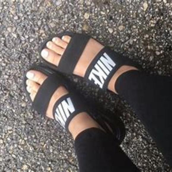 4c875c88ca46 Nike Tanjun Sandal